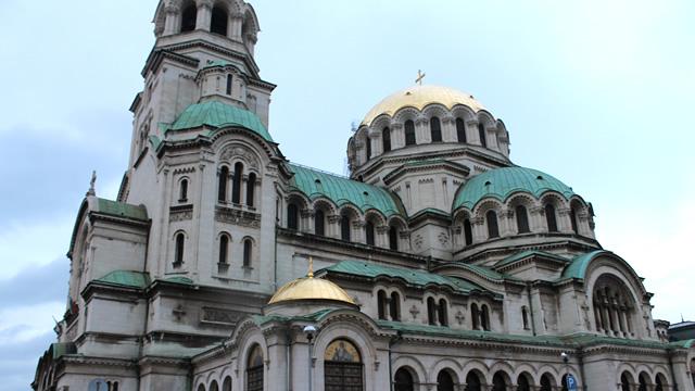 東欧ブルガリアの首都ソフィアで必見の教会・修道院ベスト4・アレクサンダル・ネフスキー寺院