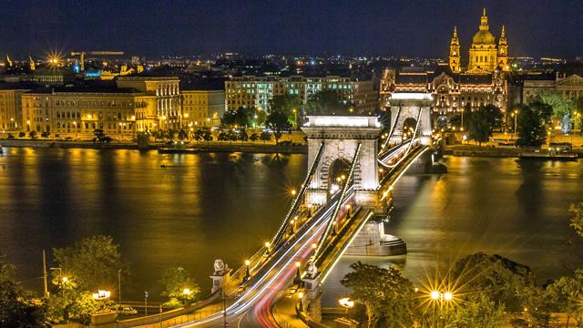 「ブダペスト夜景」の画像検索結果